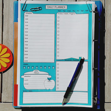 PRINTABLE DAILY Planner PDF. To Do list. Undated personal organizer. Daily agenda, template and household organizer. Daily routine chart.
