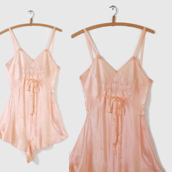 30s LINGERIE Boudoir Step-In TEDDY / 1930s Peach SILK Satin Embroidered Romper Xs - S