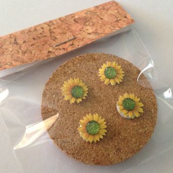 Decorative Paper Sunflower Tacks