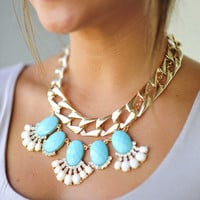 Link Up And Make Up Necklace: Gold   Hope's