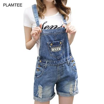 Big Pocket Denim Overalls for Women Rompers with Hole Ripped Jean Shorts Bodysuit Cross Strap Laides Playsuits Plus Size Shorts