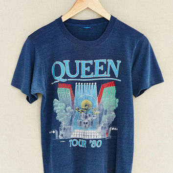 Vintage Queen Summer Tour Tee - Urban Outfitters