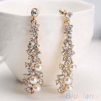 Elegant Chic Women Lady's Pearl Rhinestone Chandelier Stud Earrings Jewelry