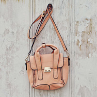 Desert Dweller Tote in Peach
