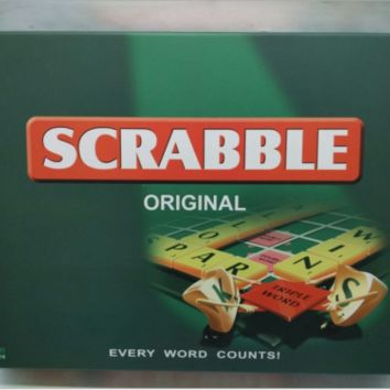 New Scrabble Original Board Game English French Spanish Version