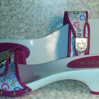 Guess Womens Sandals, Pink white heels size 9.5 awesomely cute Made in Italy New