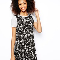 Vero Moda Printed Jacquard T-Shirt Dress - Multi