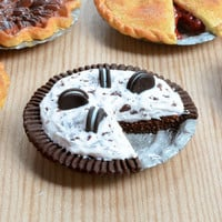 Miniature Cookies 'n Cream Pie