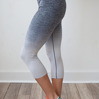 Work It Out Ombre Cropped Leggings - Charcoal