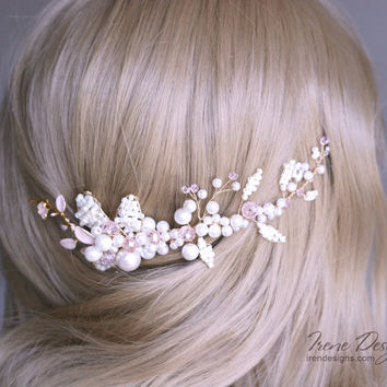Beads and crystals bridal hair comb. Jeweled hair comb. Crystal and beads hair jewelry