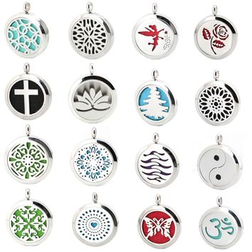 Aromatherapy Diffuser Necklace Locket  with chain (10 FREE Felt Pads)