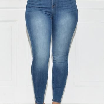 Brielle High Waisted Jeans