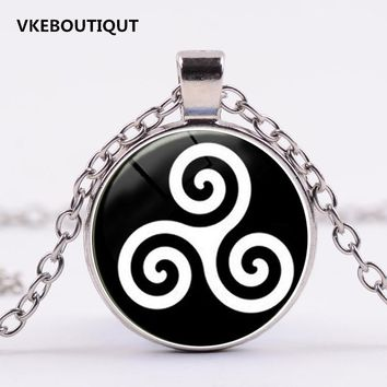 3/Color Teen Wolf Triskele Necklace Triskelion Allison Argent Necklace Glass Cabochon Necklace Statement Choker Necklace