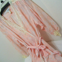 Natori, Long Robe, Peignoir Robe, Sheer Chiffon, Burnout design, Peach, White,  Size Small, Sexy Sleepwear Honeymoon Bridal