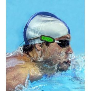 GSI Waterproof 2 GB MP3 Player for Underwater Swimming/Sports And Outdoor Biking, Includes Pair Of Quality  Goggles And Waterproof In-Ear Headphones/Earphones - Connect to all Audio, iPod/iPhone/iTouch/MP3 - Upgraded Model