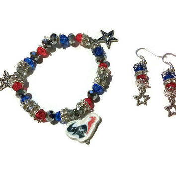 Red and Blue Texas Football Charm Bracelet, Football Charm Bracelet, football charms, Houston Texans, 4th of July, red white and blue gifts