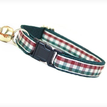 """Cat Collar - """"Pining For Woods"""" - Red & Green Check Plaid"""