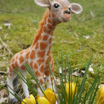 needle felted giraffe, felt baby giraffe, needle felted animal, woolfelt animal, needle felting giraffe, felt wildlife, soft sculpture felt.