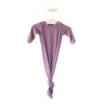Knotted Sleeper in Plum