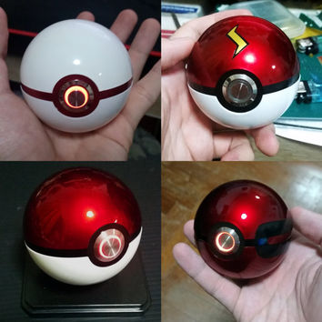 Pokeball with Ringlight, Pokemon cosplay must have