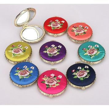 Chinese Style Compact Pocket Handbag Embroidery Mirror Small Handheld Cosmetic Makeup Travel Gift Beauty