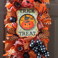 Halloween Deco Mesh Wreath Swag - Trick or Treat Mesh Wreath - Halloween Wreath - Fall Decor - Trick or Treat Wreath - Halloween Decoration