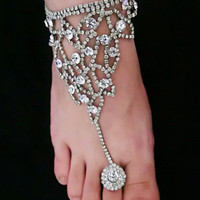 Rhinestone Designed Toe Ring Barefoot Sandals