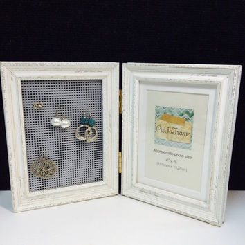 Jewelry display, Earring frame, gift for girls, Photo frame and jewellery storage, rustic coastal frame, beach decor, earring display