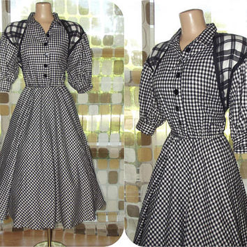 Vintage 80s Buffalo Plaid Dress | 1980s Choon Flannel Dress | Full Sweep Tea Length Dress | Black & White Shirtdress | Dress With Pockets