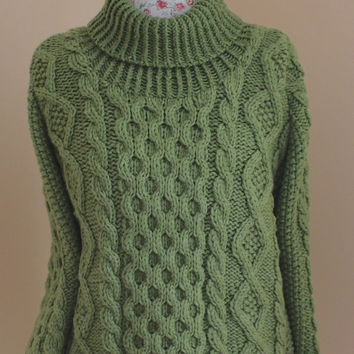 Green Handmade Chunky Cable Knit Merino Cashmere Aran Irish Fisherman turtleneck PULLOVER SWEATER - Size L