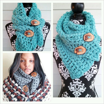 Hand Crocheted Chunky Urban Bohemian Scarf With Juniper Tree Buttons (7012AA001BT)