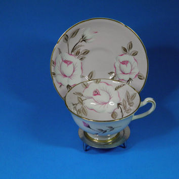 Royal Grafton Fine Bone China Tea Cup Set ~ Pink and White With White Roses