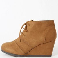 City Classified Rex-s Suede Wedge Boots | MakeMeChic.com