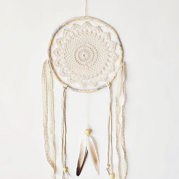 Large dreamcatcher, crochet doily, wall decor, cream, crochet dream catcher, wall hanging, boho, large, bedroom decor, handmade, unique