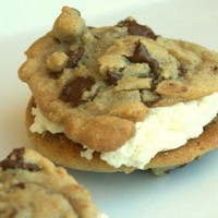 Chocolate Chip Buttercreme CookieWiches1/2 Dozen by tookies