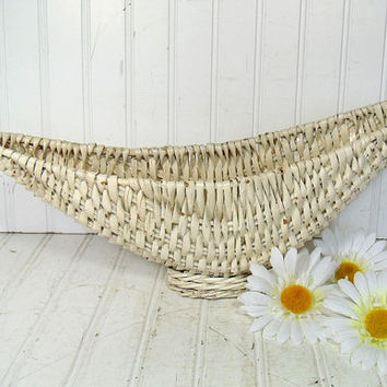 Vintage Winter White Wicker Crescent CenterPiece - Retro Hand Woven Flower Basket - Ultra Shabby Chic Ivory Display