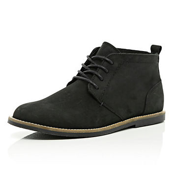 River Island MensBlack nubuck lace up desert boots