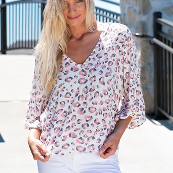 Run This Town Leopard V Neck Blouse : Ivory/Pink