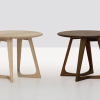 ZEITRAUM Twist Night | Formstelle | side tables at Stylepark