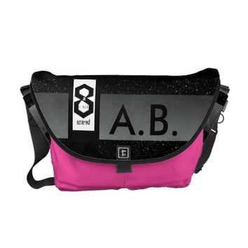 8 a Bit Scared Geek Chic S2 Messenger Bag