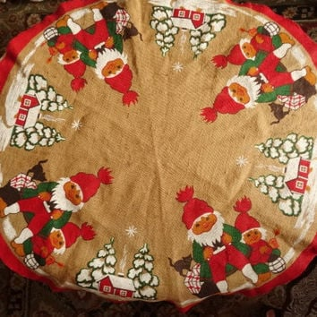 Burlap Swedish Style Christmas Tablecloth Round Gnomes Elves New Condition