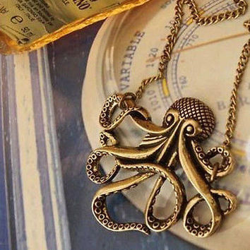NEW Steampunk Retro Pirates of the Caribbean Animal Octopus Pendant Necklace