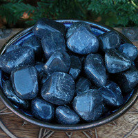 Blue Aventurine Tumbled Gemstone . Healing, Intuition, Meditation, Regeneration, Luck, Love, Balance . Medium