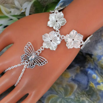 Butterfly Slave Bracelet, Daisy Hand Chain, Bracelet, Body Chain, Infinity Ring, Finger Connector, Hand Harness, Adjustable, Custom