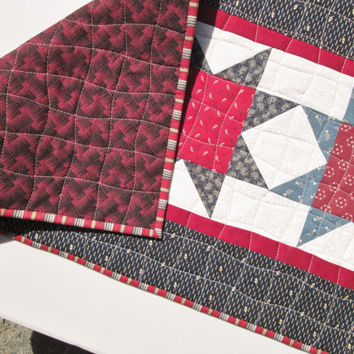 Quilted Table Runner - Americana Patriotic 4th of July Stars