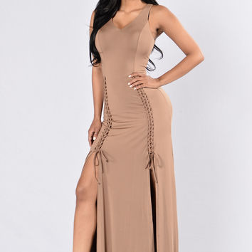 Melt For You Dress - Mocha