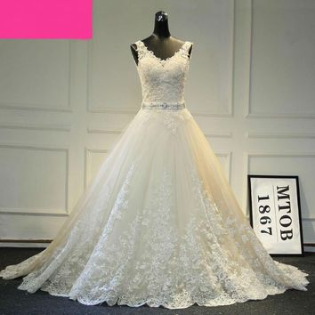 New Design A-Line Lace Wedding Dresses V-Neck Beaded Sash Backless Sexy Vintage Wedding Gowns