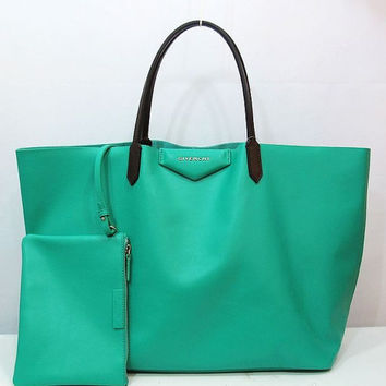 Givenchy Green Leather Shopping Tote