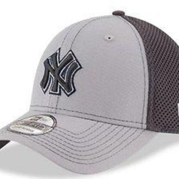 3047c6e82ca New York Yankees New Era 39THIRTY MLB Neo Stretch Fit Flex Mesh