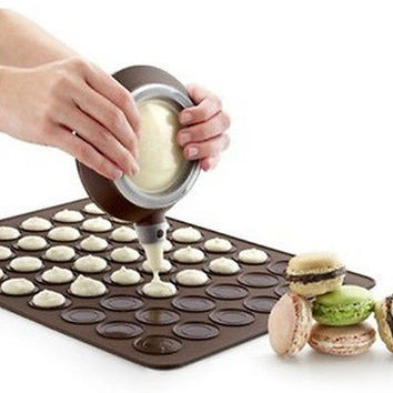 Pleasing Silicone Macaron Macaroon Pastry Oven Baking Mould Sheet Mat Mold LAUS